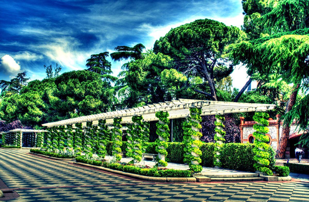 Fotos de los jardines de cecilio rodriguez m sica y pitanzas for Los jardines de arbesu