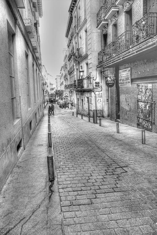 Los Fantasmas Del Antiguo Palacete De La Calle Cañizares, Madrid. Ax_01386_enhancer