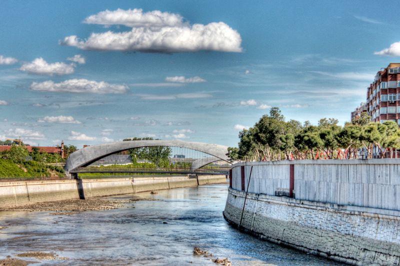 El puente del invernadero y del matadero en madrid rio for Fernando porras arquitecto