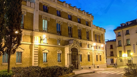 palacio de las alahjas.jpg